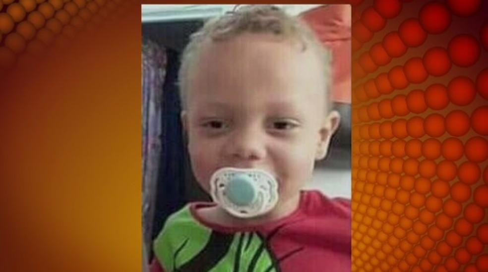 Criança de 3 anos é morta espancada e enterrada pela mãe e padrasto em Cruzeiro — Foto: Arquivo Pessoal