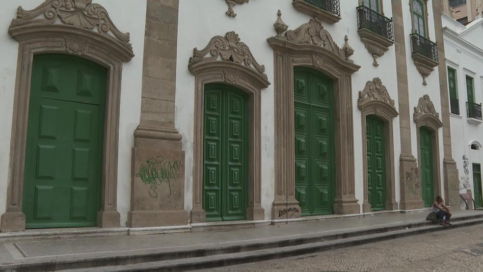 Igrejas e templos religiosos são considerados por lei serviços essenciais na pandemia  — Foto: Reprodução/TV Globo