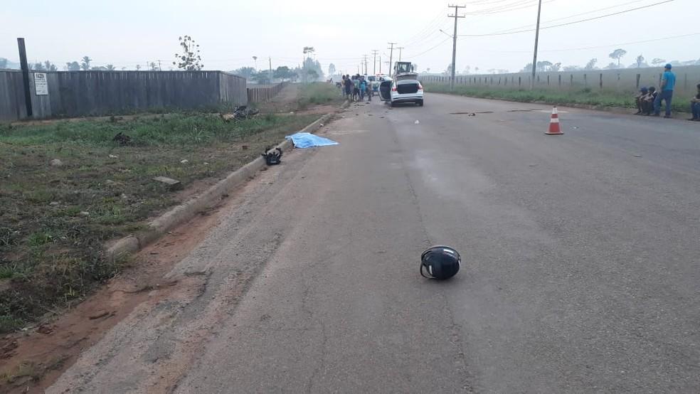 Motociclista morreu ainda no local — Foto: WhatsApp/Reprodução