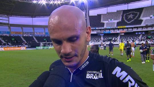 Após pênalti perdido, Fábio Santos assume responsabilidade por derrota para o Fluminense
