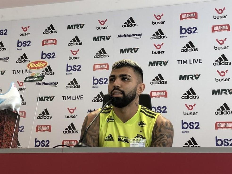 Gabigol concede entrevista no Ninho do Urubu, CT do Flamengo — Foto: Flamengo / Divulgação