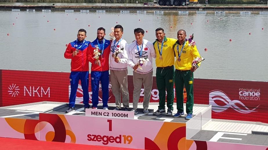 Erlon e Isaquias são bronze no C2 1000m e conquistam vagas para o Brasil nos Jogos de Tóquio 2020
