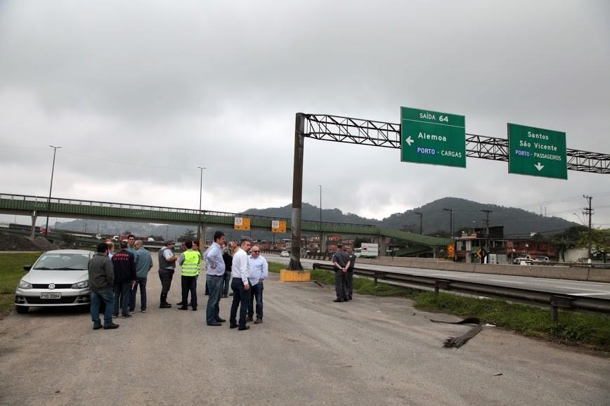 Av. Nossa Senhora de Fátima é recapeada na segunda etapa do programa Nova Entrada de Santos - Notícias - Plantão Diário