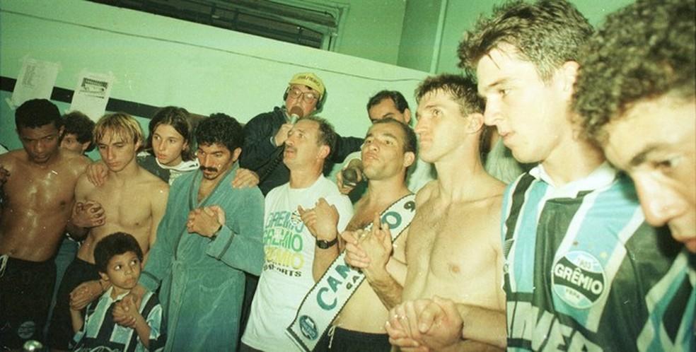 Felipão e Mancini também venceram o Gauchão de 1995 pelo Grêmio — Foto: Foto: Julio Cordeiro/Agência RBS