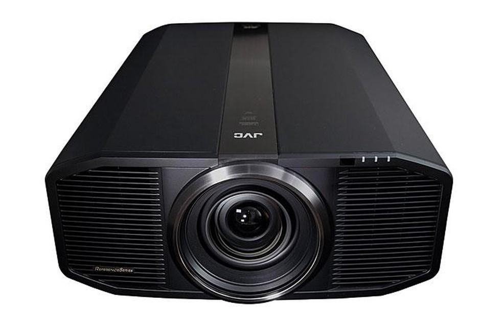 Projetor 4K HDR JVC DLA-RS4500K com 3.000 lúmens — Foto: Divulgação/JVC