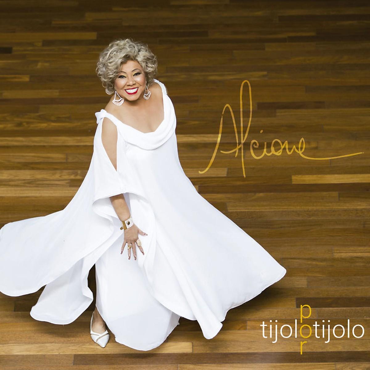Alcione celebra a cidade de Maria Bethânia no álbum 'Tijolo por tijolo' | Blog do Mauro Ferreira