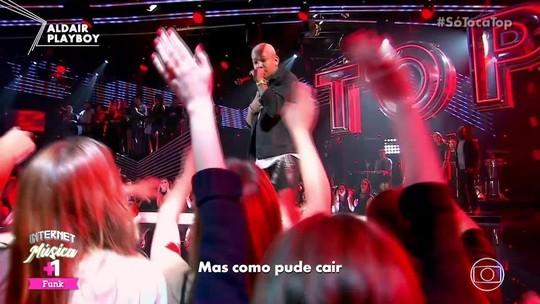 Paraibano Aldair Playboy canta hit 'Amor Falso' na estreia do Só Toca Top