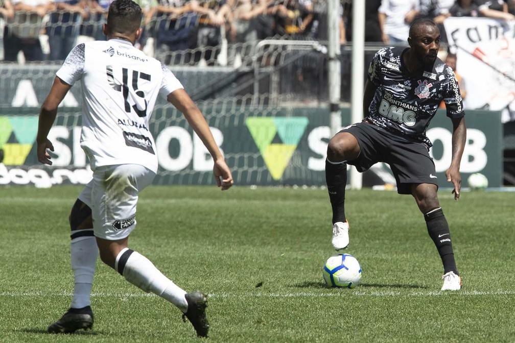 Manoel em ação no empate com o Ceará, no último sábado — Foto: Daniel Augusto Jr/Ag. Corinthians