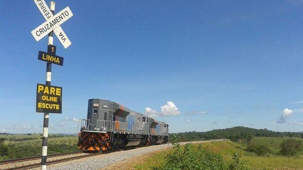 Além da Norte-Sul, o PPI quer leiloar mais onze ferrovias até 2020 (Foto: DIVULGAÇÃO/VALEC via BBC News Brasil)