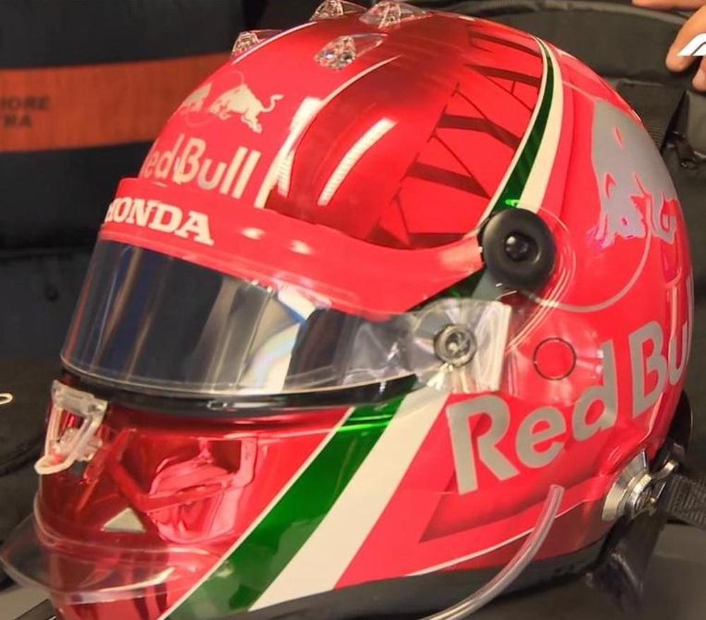 Capacete de Daniil Kvyat para o GP da Itália — Foto: Reprodução