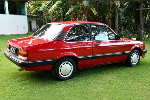 Chevette SE vem com o último facelift do Chevette (Foto: Reprodução)