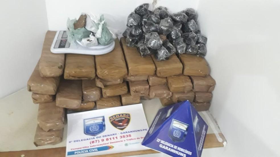 Droga foi encaminhada ao Denarc (Foto: Polícia Civil/Divulgação)