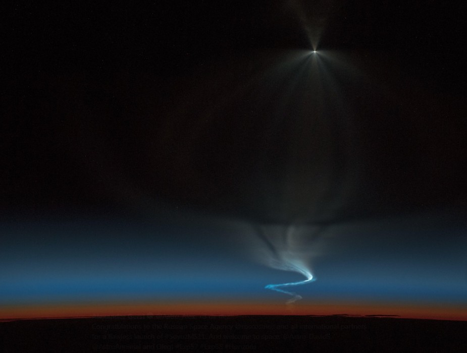Lançamento da Soyuz captado desde a EEI (Foto: Reprodução / Twitter)
