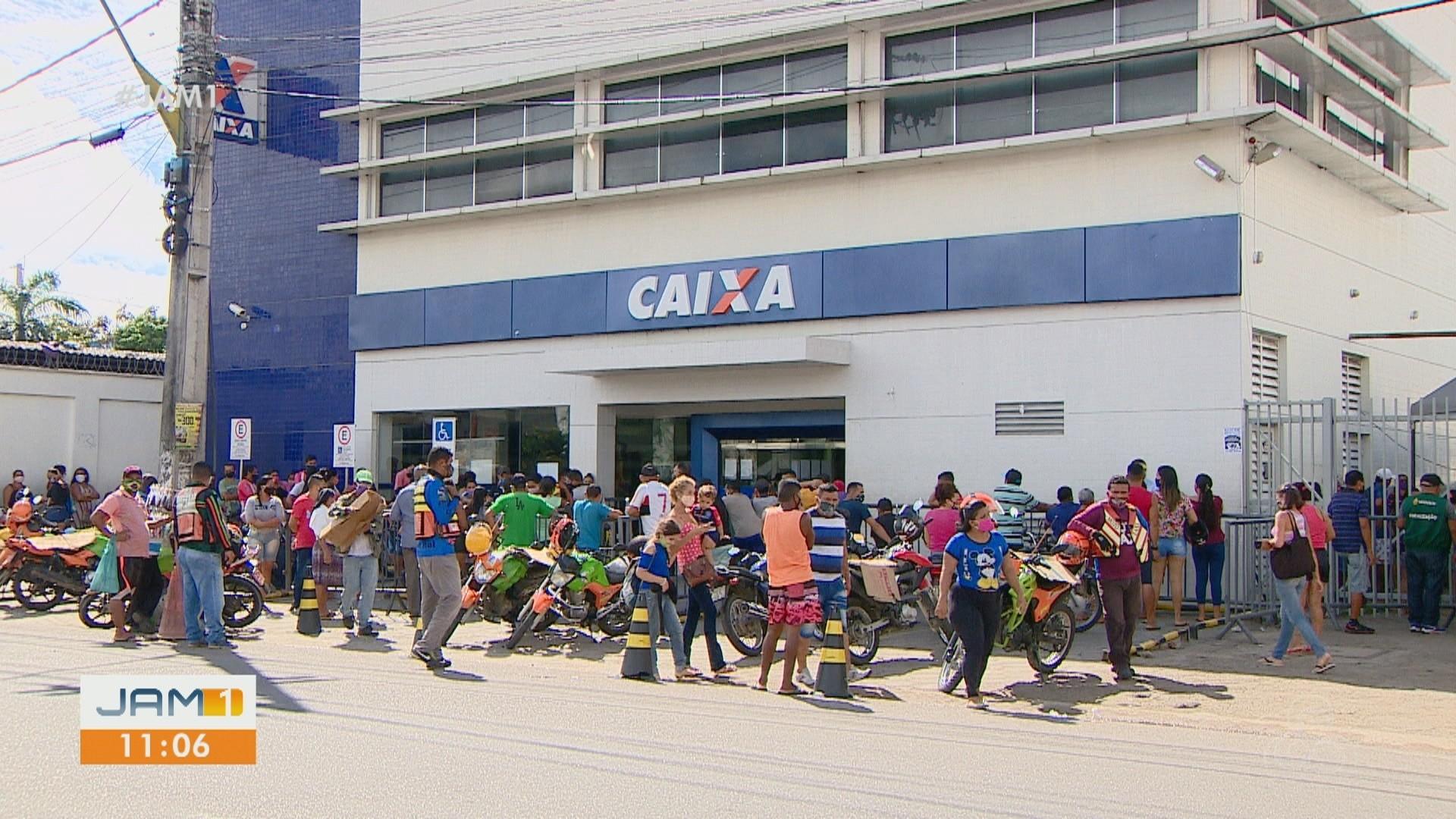 VÍDEOS: Em Manaus, população enfrenta dificuldades com auxílio emergencial; Veja destaques do JAM 1
