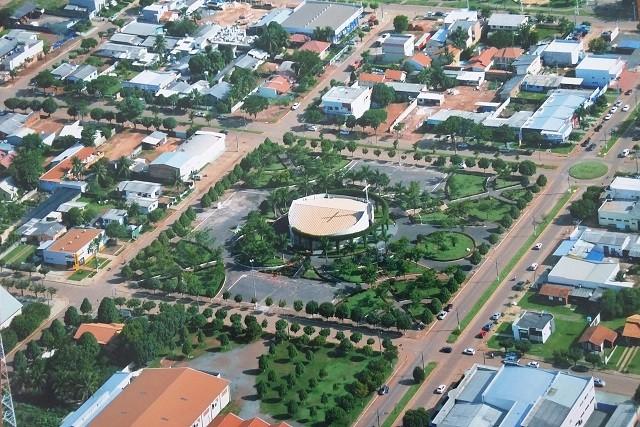 Justiça determina suspensão de decreto municipal que libera funcionamento do comércio em Sapezal (MT)