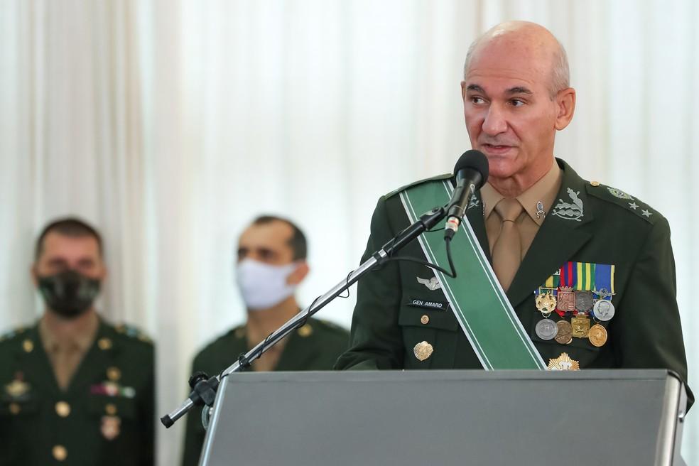 O general Antonio Amaro, chefe do Estado-Maior do Exército, em evento com o presidente Jair Bolsonaro — Foto: Marcos Corrêa/PR