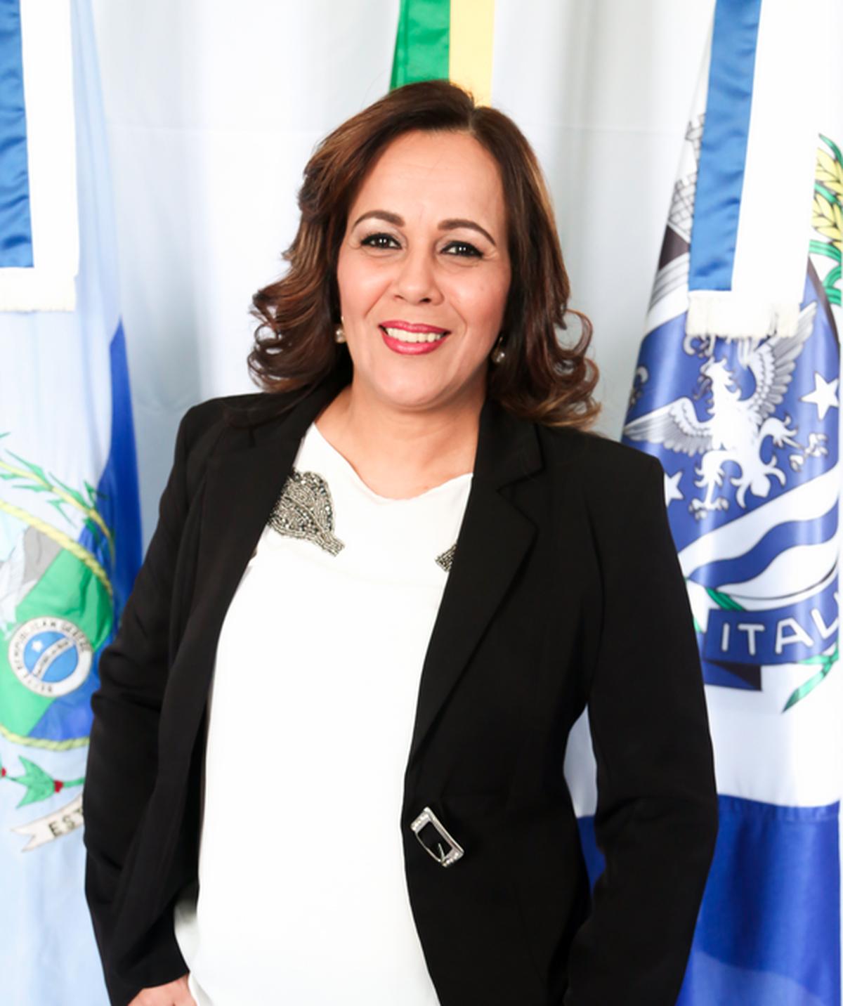 Justiça condena prefeita e vice de Italva, RJ, por compra de votos; cabe recurso