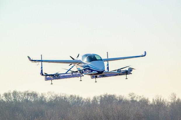 Carro voador da Boeing faz seu primeiro voo de teste (Foto: Divulgação)