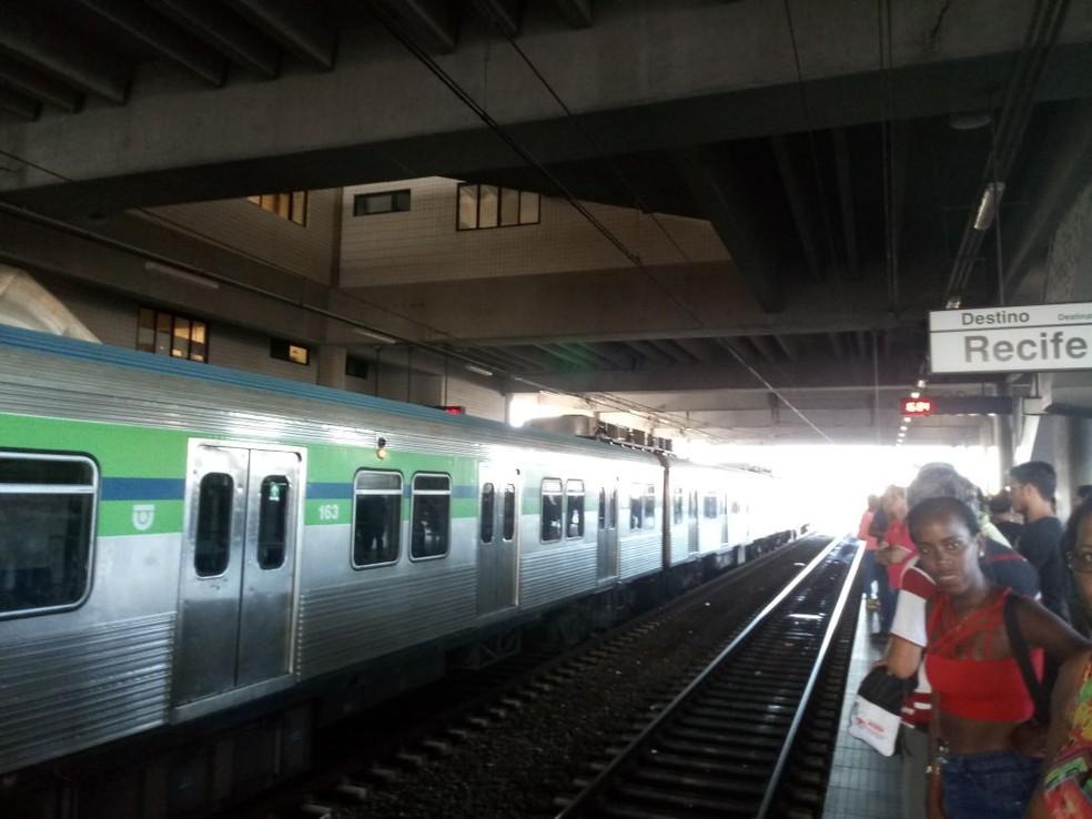 Apagão afetou operação do metrô do Recife (Foto: Reprodução/WhatsApp)
