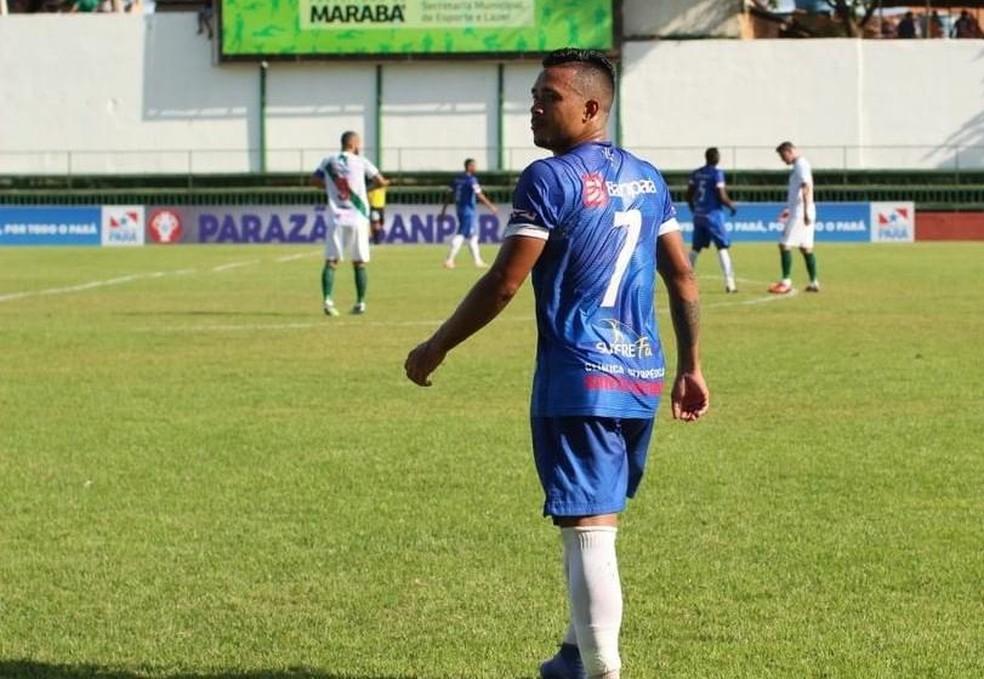 Romarinho herdou a vaga de Dudu e foi elogiado pelo treinador — Foto: Divulgação/Águia de Marabá