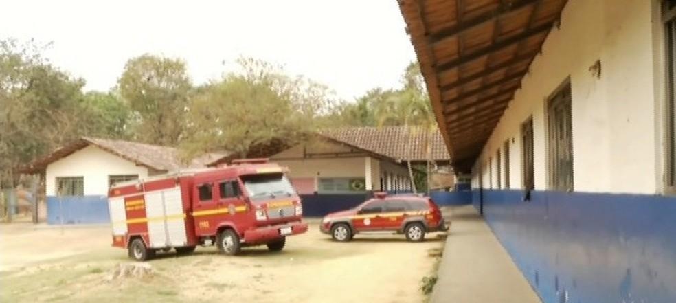 Centro de comando e operações foi montado em uma escola de Timóteo — Foto: Inter TV / Reprodução