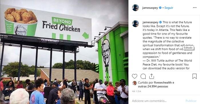 Fila no lançamento do Beyond Fried Chicken