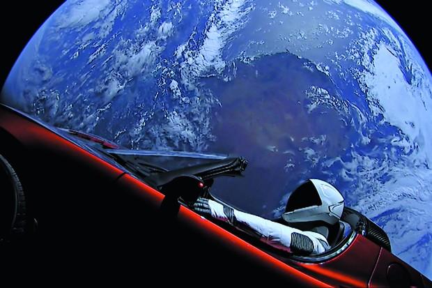 Que fim levou o Tesla Roadster à deriva no espaço (Foto: Divulgação)