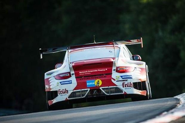 Lindas lanternas do Porsche 911 GT3 R!! (Foto: Divulgação/motorsport.com)