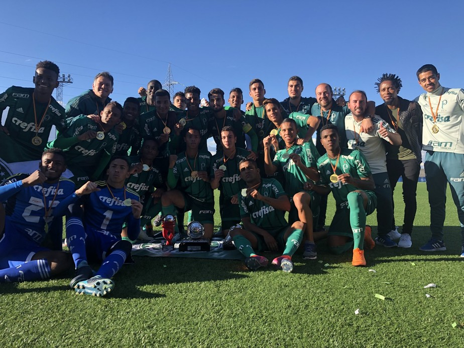 Palmeiras vence o Real Madrid e é campeão mundial sub-17 na Espanha