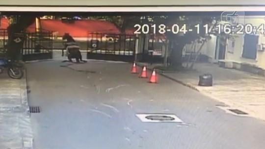 Égua é atropelada três vezes depois de fugir do Jockey Clube, na Gávea; motociclista fica ferido