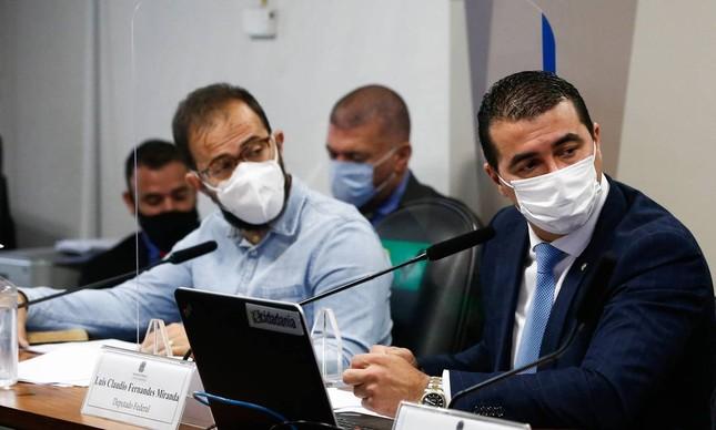 Os irmãos Luis Ricardo Miranda, servidor do Ministério da Saúde, e Luís Miranda, deputado federal, em depoimento na CPI da Covid
