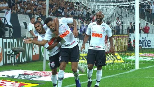 """Gustagol agradece vídeos do Corinthians e revela: """"Vi que o Volpi saía um pouco estabanado"""""""