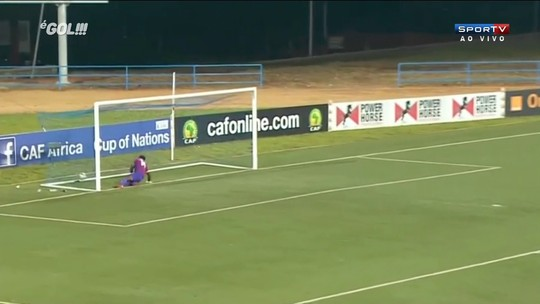 Marfinense desbanca Lewandowski e vence enquete de golaço internacional