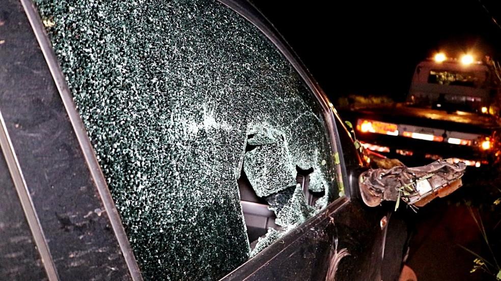 Condutor tentou desviar de motociclista e evitar acidente na BR-343 (Foto: Kairo Amaral/TV Clube)