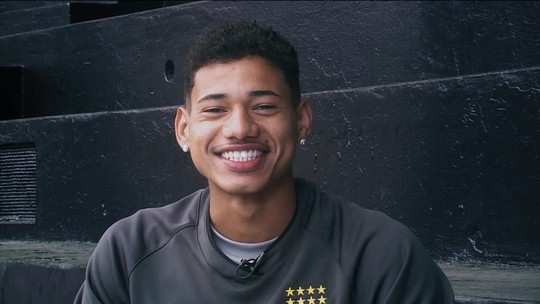 Com torcida de Bruno & Marrone, Marrony volta de suspensão e reforça o Vasco contra o São Paulo
