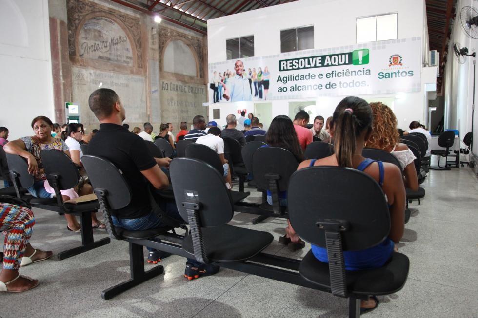 Centro Público de Trabalho de Santos oferece mais de 200 vagas de emprego - Radio Evangelho Gospel