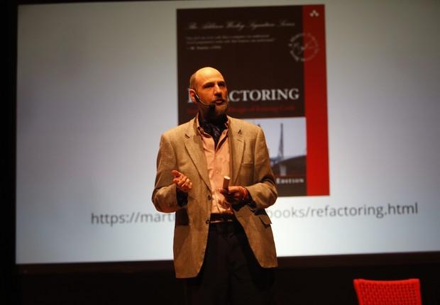 O cientista-chefe da ThoughtWorks fala durante o evento XConf, em São Paulo (Foto: Chico Morais/Divulgação)