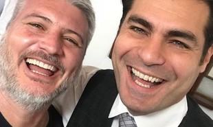 O diretor Fred Mayrink e Thiago Lacerda nos bastidores de 'Orgulho e paixão'. Veja a seguir mais fotos das gravações da reta final da novela | Reprodução Instagram
