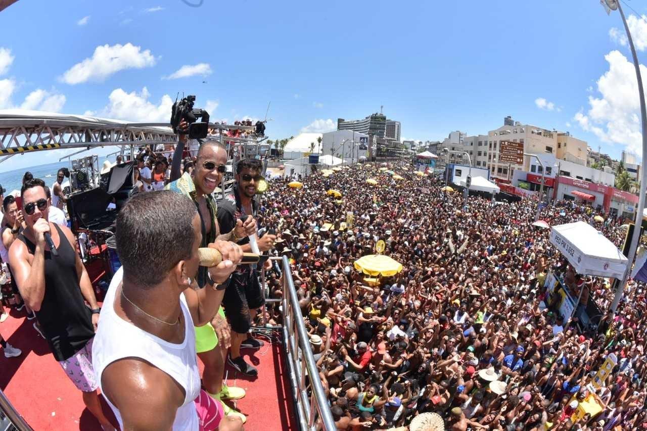 Salvador, Porto Seguro e Rio de Janeiro são os destinos mais em alta para o Carnaval 2020 thumbnail