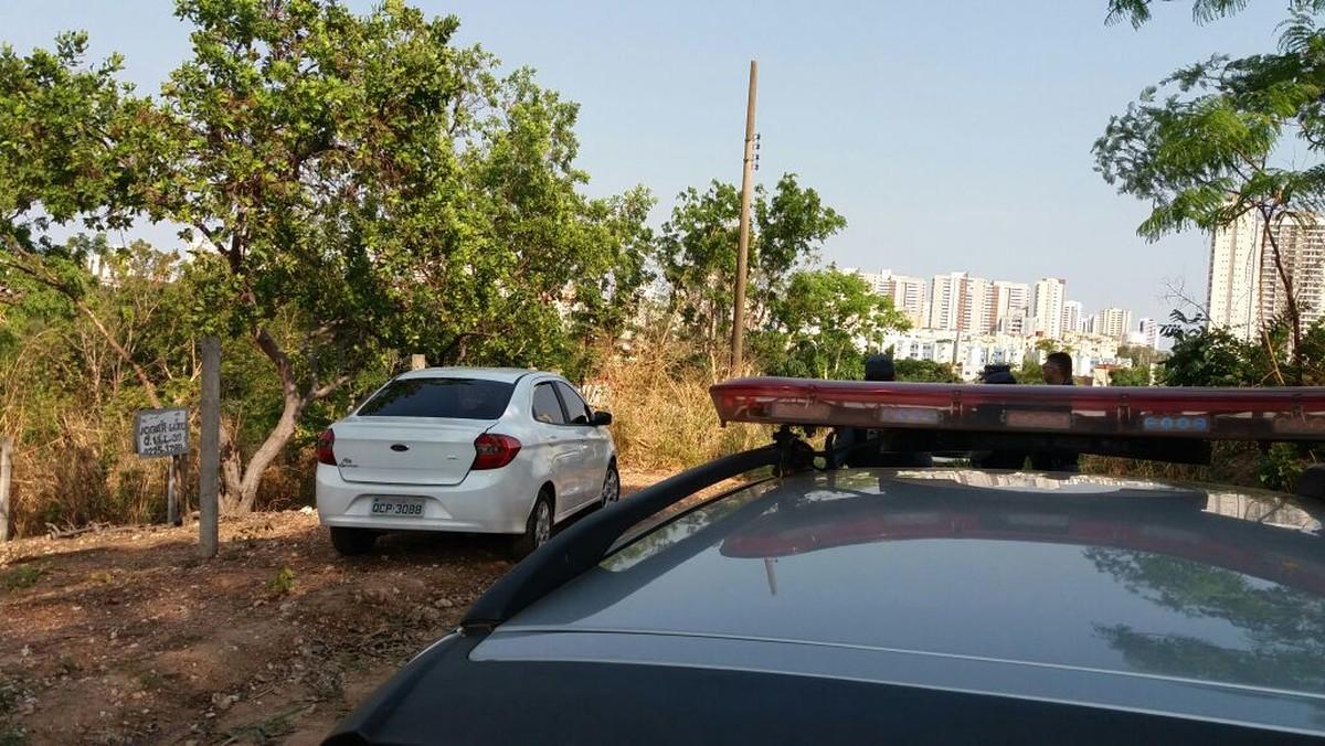 Motorista é baleado e tem carro roubado em assalto em Cuiabá