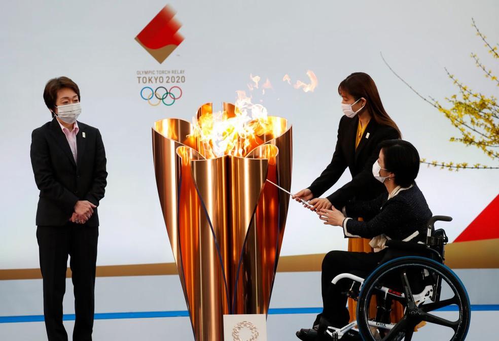 Início do revezamento da tocha olímpica no Japão — Foto: Getty