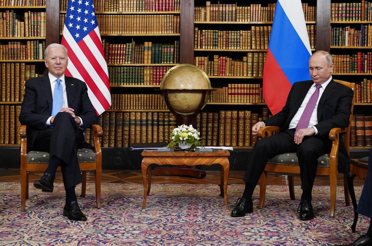 Em cúpula, Biden e Putin aceitam negociar segurança de espaço cibernético