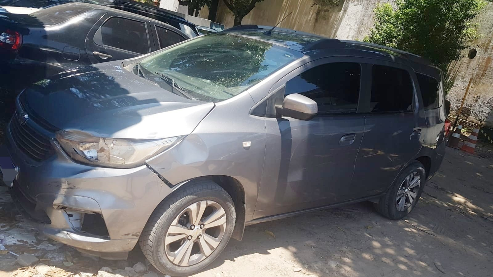 Homem procurado por estelionato é preso pela PRF com carro que nunca foi devolvido para locadora