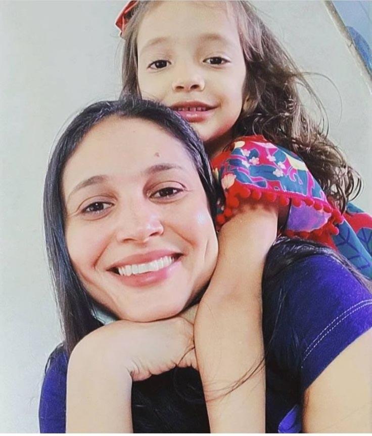 Corpos de mãe e filha são encontrados após canoa afundar em rio no Piauí; babá está desaparecida