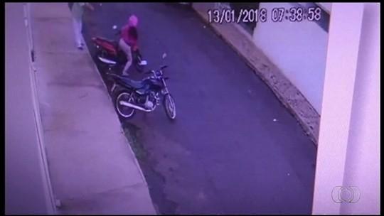 Preso suspeito de descumprir medida protetiva e tentar matar ex-mulher a tiros em Rio Verde