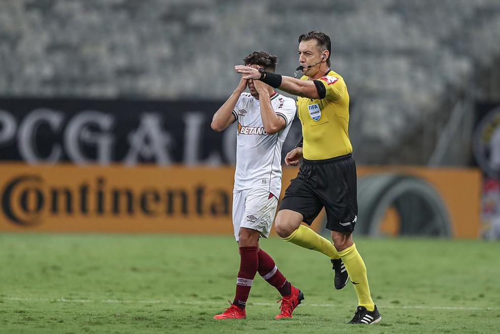 Pênalti da derrota para o Atlético-MG não foi o 1º a assombrar o Flu — Foto: Pedro Souza / Atlético
