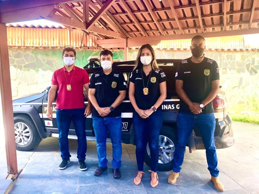 Delegada e investigadores que atuam no inquérito que apura o caso em Porteirinha — Foto: Polícia Civil/Divulgação