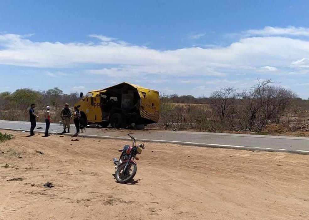 Caso ocorreu na altura de Casa Nova, cidade do norte da Bahia, na manhã desta quinta-feira (26).  — Foto: Arquivo Pessoal