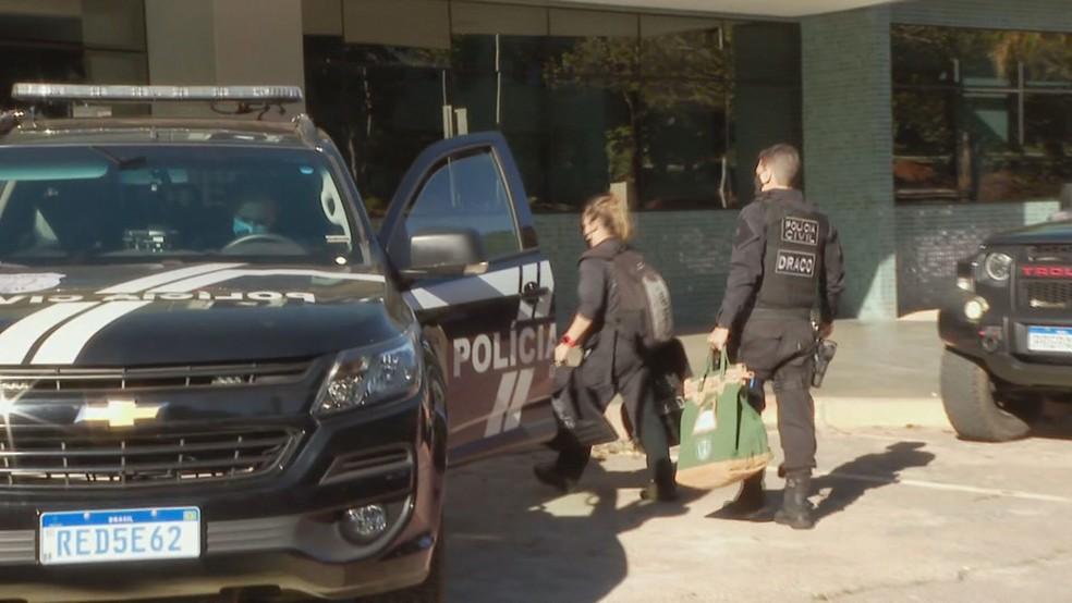 Polícia Civil e Ministério Público deflagram operação contra fraudes em contratos do Detran-DF — Foto: TV Globo/Reprodução