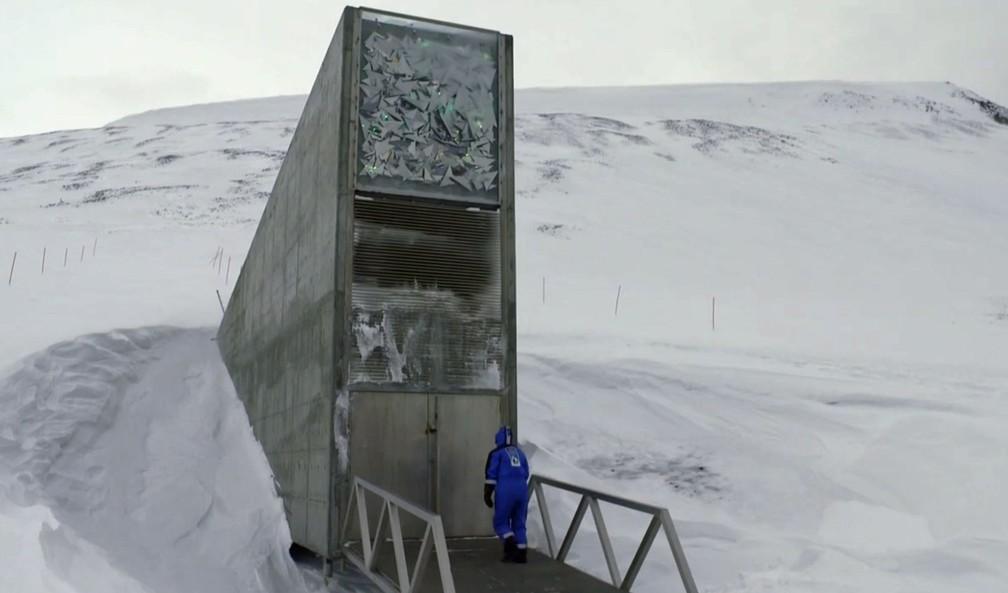 Entrada do banco de Sementes de Svalbard (Foto: Reprodução / TV Globo)